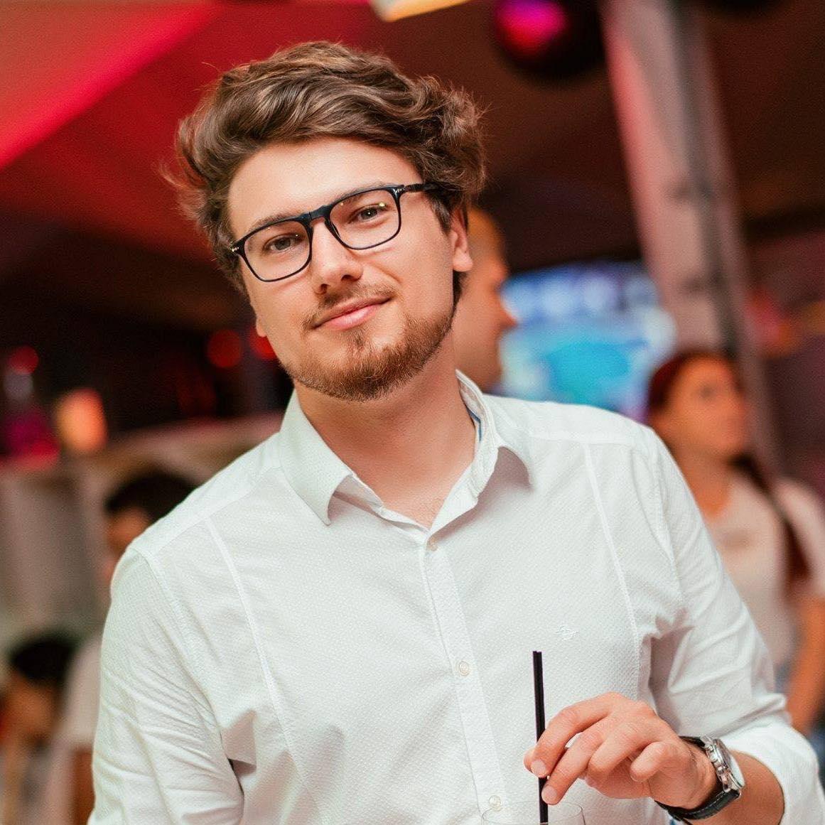 Алекс Михайленко